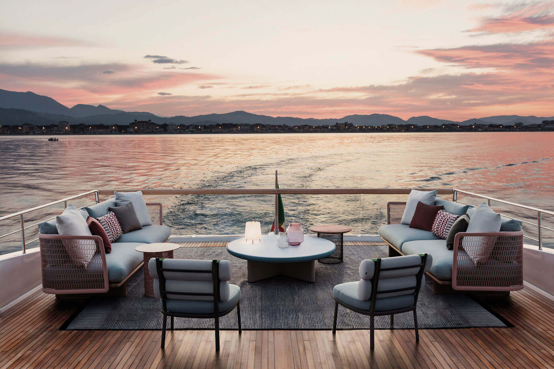 Yacht Outdoor Lounge